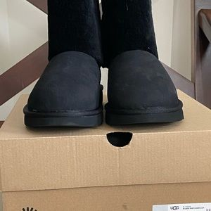 New!  Never worn UGG shoes.